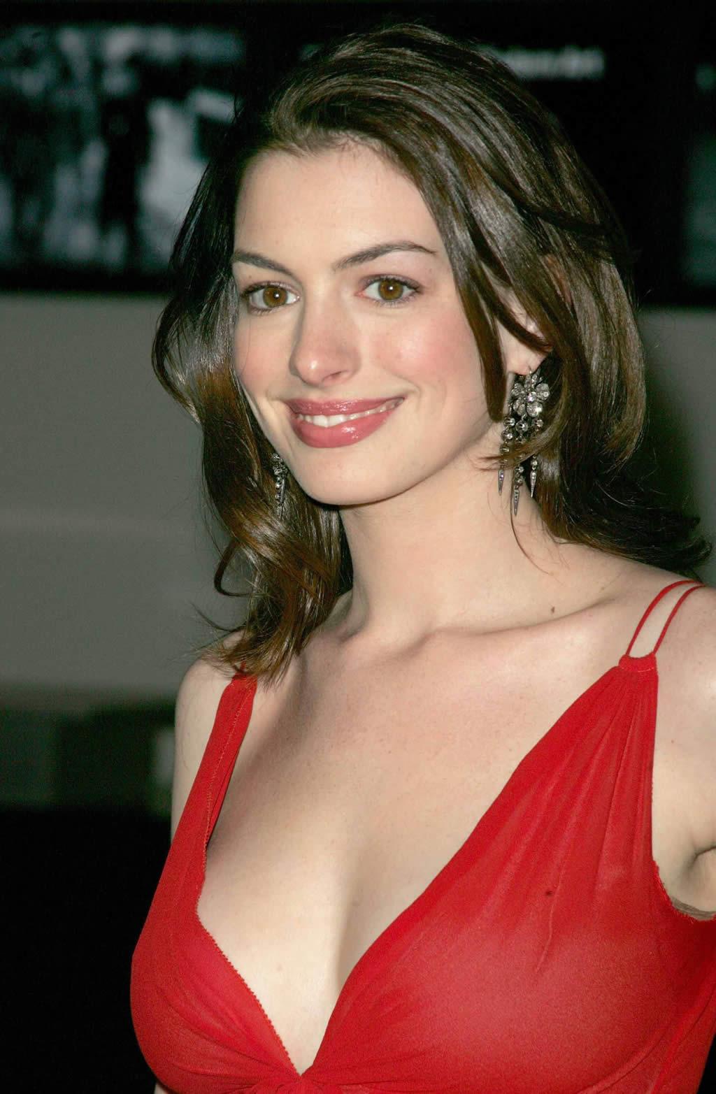 Anne Hathaway Nude Scene