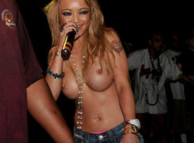Tila Tequila Topless