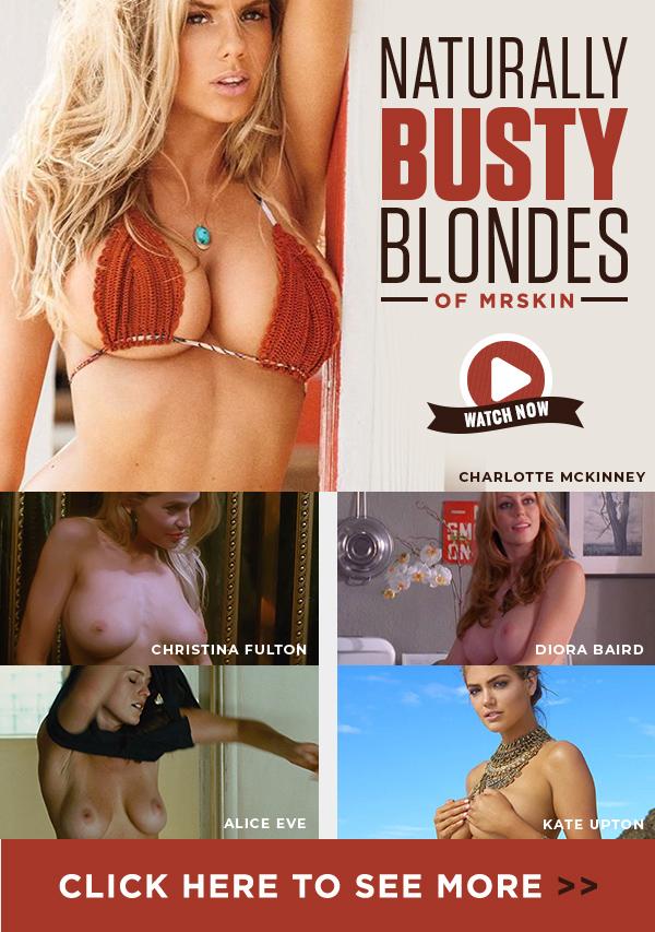 Blondes Natural Boobs