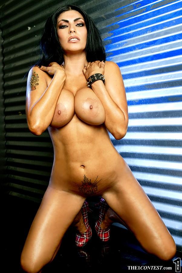 Shelly Martinez Nudity