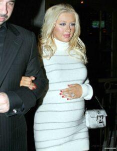 Christina Aguilera MILF