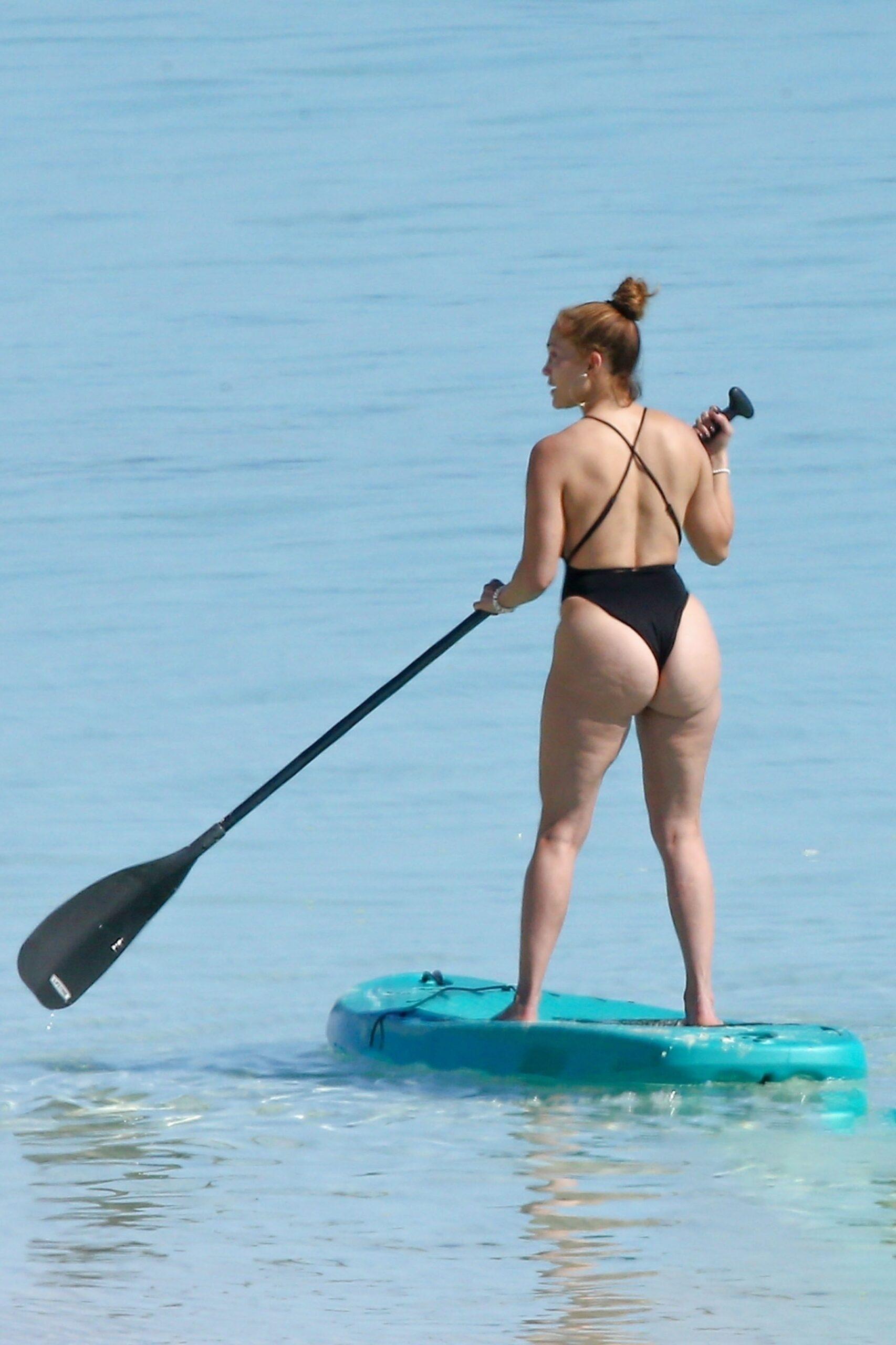 JLo Naked Ass